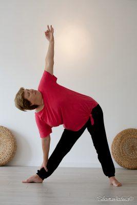 justesse de la posture (trikona asana)