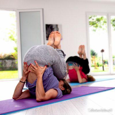 préparation à la posture sarvanga asana