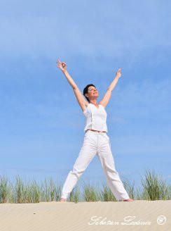 le yoga nous ouvre le chemin de la liberté